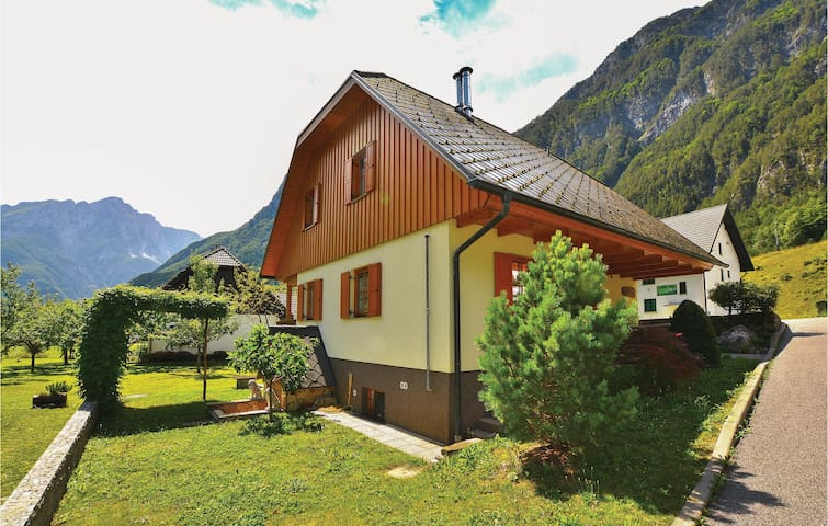 Holiday apartment with 3 bedrooms on 125m² in Bovec