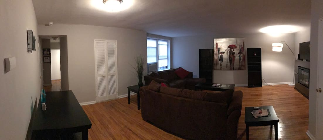 Modern Apt with Kitchen and Bathroom, close to JFK - Queens - Apartment