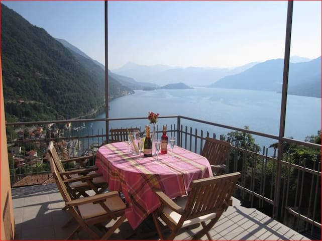 Breathtaking view on lake Como!