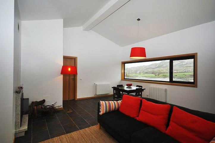 Casa Avelã Brava - Negrões