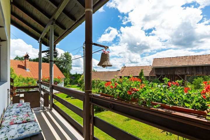 Alluring Farmhouse with Garden in Jakovci Netretićki