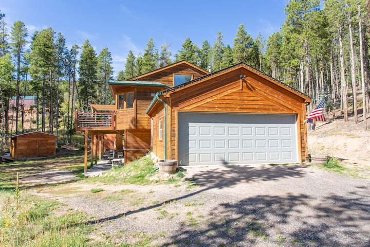 Beautiful Mountain Home/Getaway! *New Listing*