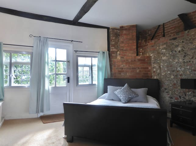 Double Room Annexe with lovely Garden Views