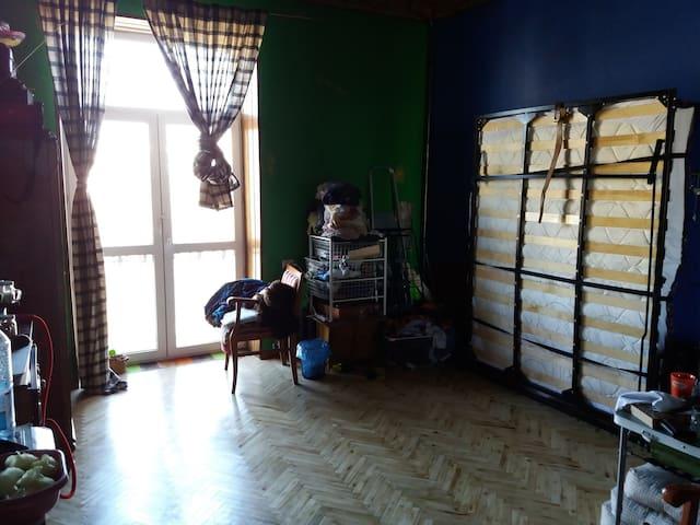 Комната в квартире. A room in the flat.
