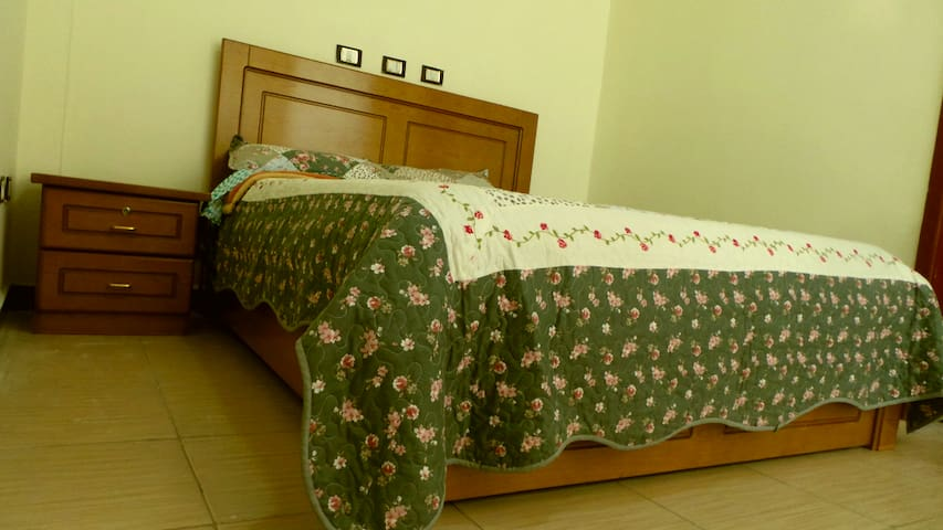 Master bed room king size Bed