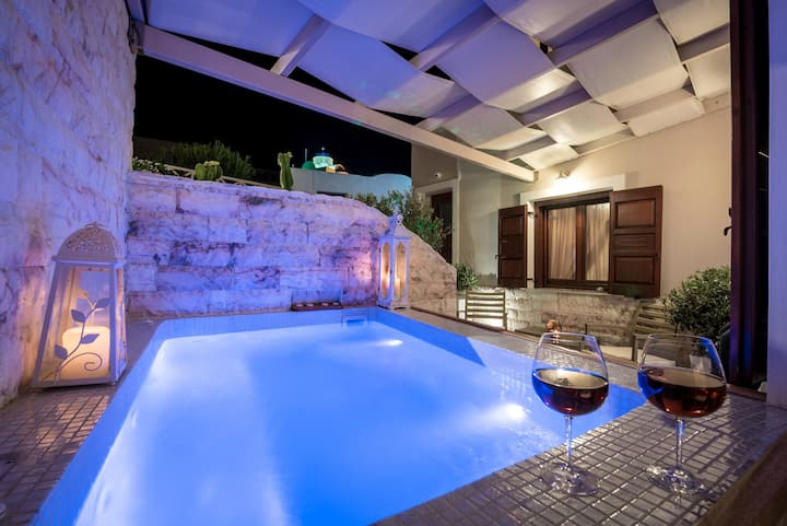 Family two bedroom villa with private  jacuzzi