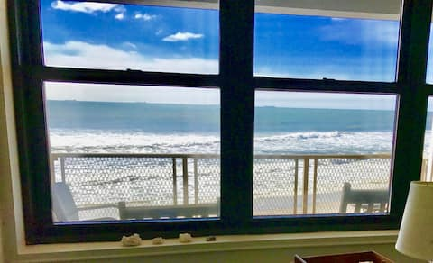 Upscale+RENOVATED+OCEAN VIEW BALCONY+KING Bed !!!