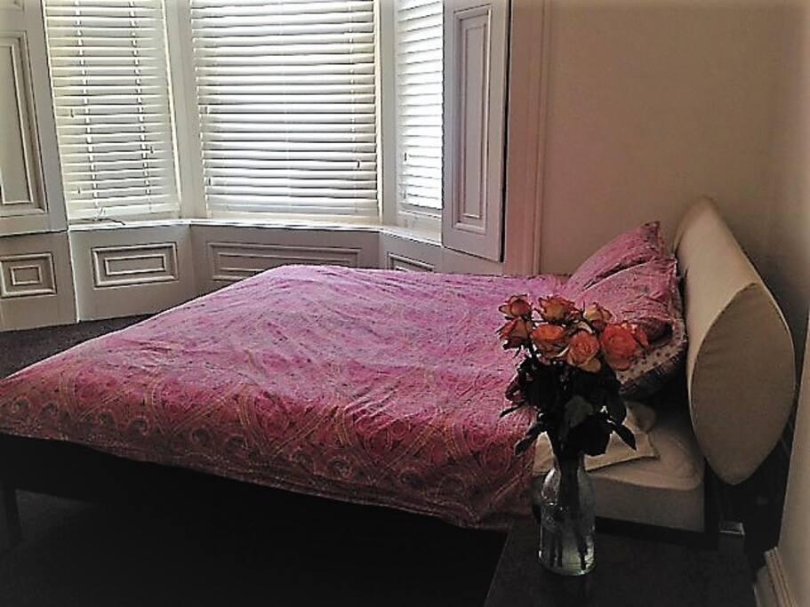Elegant, Spacious Bedroom