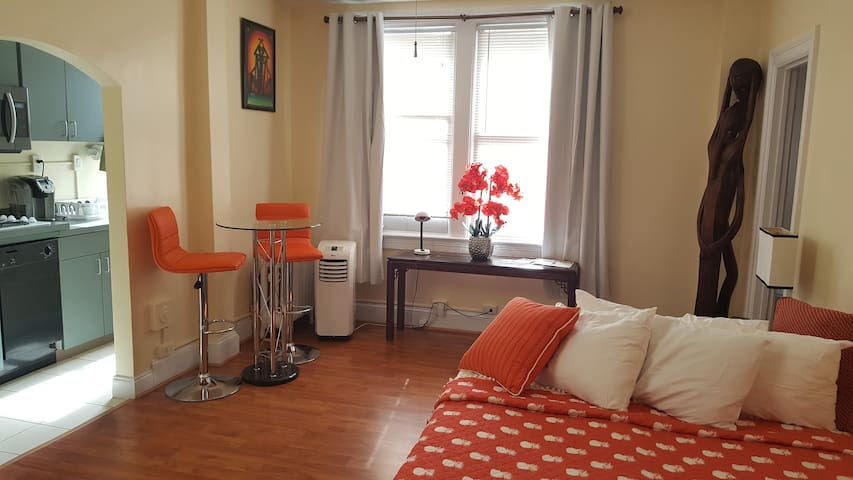 Studio at Downtown DC (Term Leasing)