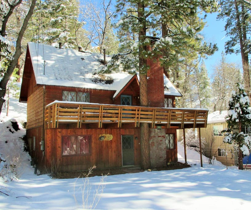 Wolf lodge near bear mtn golf zoo cabins for rent in for Cabins big bear lake ca