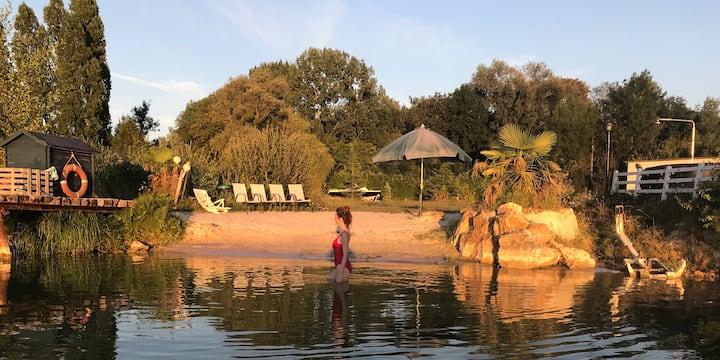 Superbe propriété lac, plages privées proche Paris