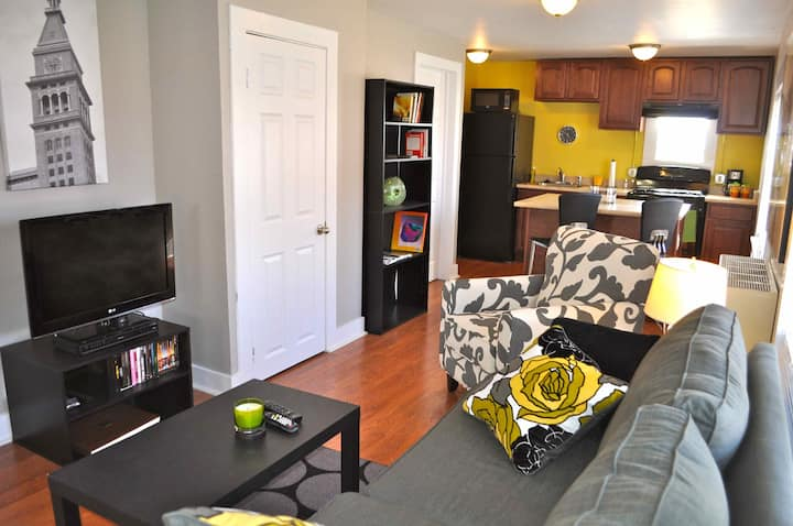 Charming Carriage House Apartment near Hospitals