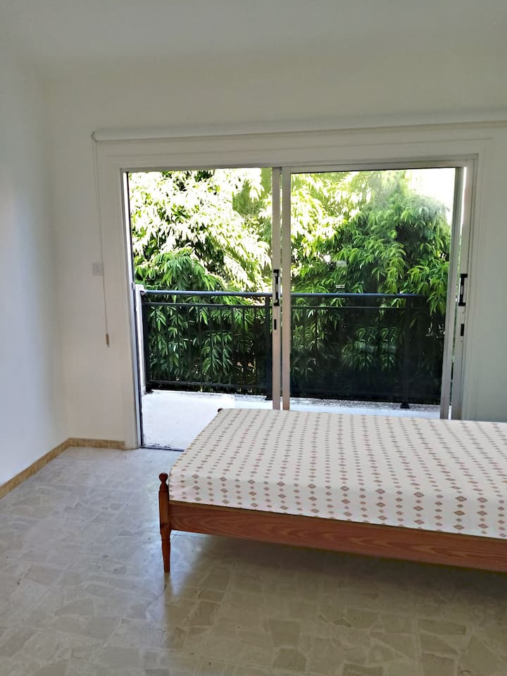 Two Bedroom Townhouse | E4