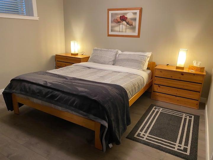 Comfortable, private 1 bdr suite