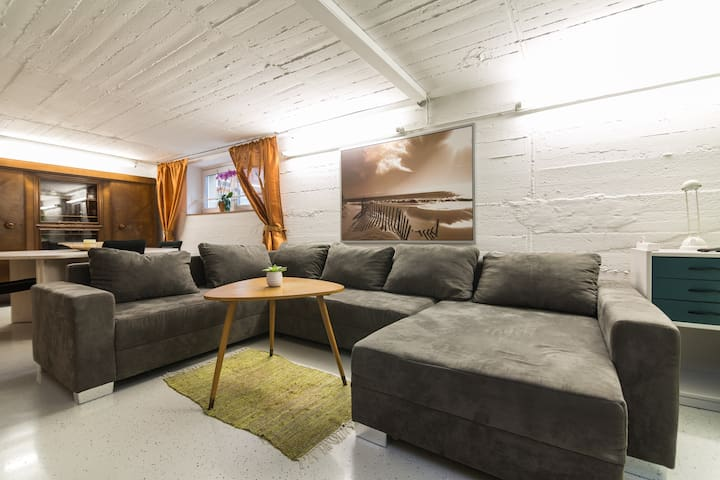 Comfortable cellar apartment Ratingen Tiefenbroich - Ratingen - Apartmen