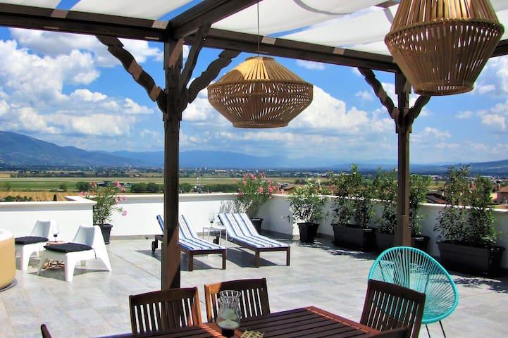 Wohnung mit Blick auf Assisi (4-8 Personen)