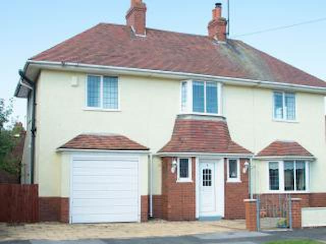 3 Bed Detached House near sea front - Bridlington - Casa