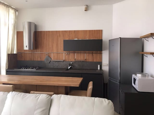 MODERN APARTMENT, TERRACE, CLOSE TO ED CENTRE CITY - Chiavari - Apartmen