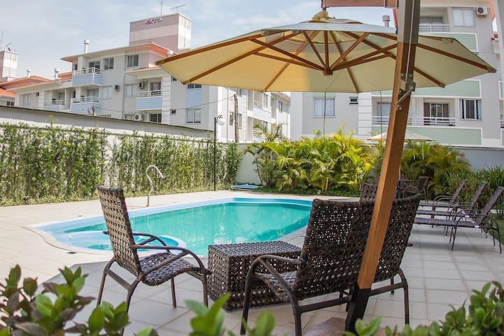Apto 1 dormitório em Canasvieiras - Florianópolis