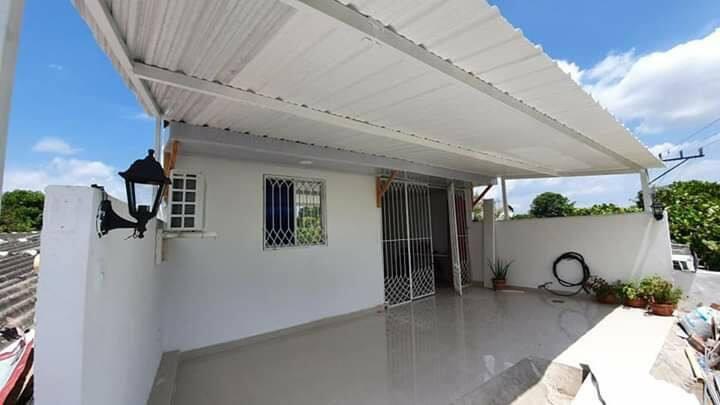Habitación con terraza por día para viajeros