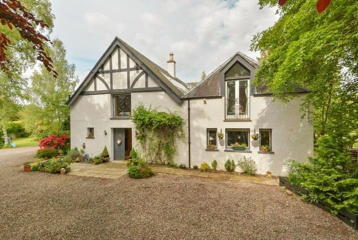 The Old Coach House Blairgowrie