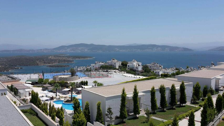 Beautiful seafront modern aparment - Milas - Apartment