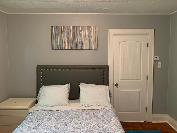 Entire House at Pontiac, Auburn Hills,  GM, Palace