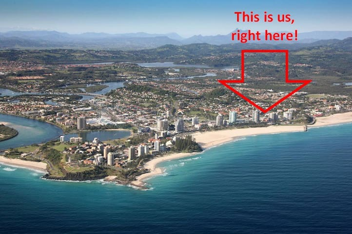 Stroll to Beach and Town. Unit 2. - Coolangatta - Pis