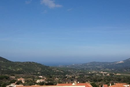 Appartment 3 bedrooms with roof terrace - Calenzana - Appartement