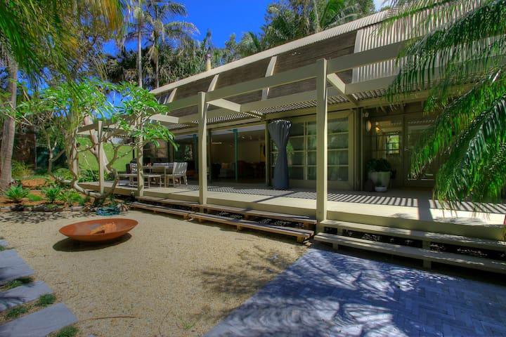 Blueys Beach Paradise