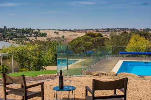 The Studio B&B - on Barossa's Trail *NEW LISTING*