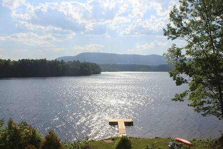 Sunset Bay: Waterfront Sunsets with private dock - Queensbury - Haus