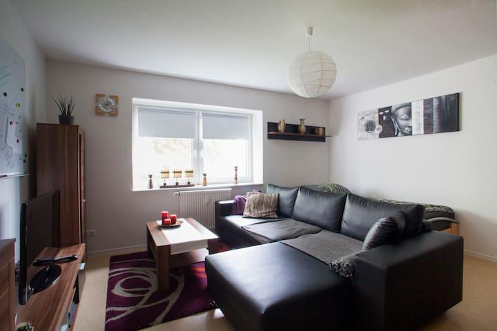 Schönes Zimmer in WG 19qm Bahnhofsnähe - Hildesheim - Apartamento