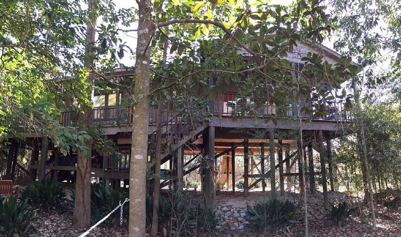 Bogue Fayala River Views on Three beautiful acres! - Covington - Huis