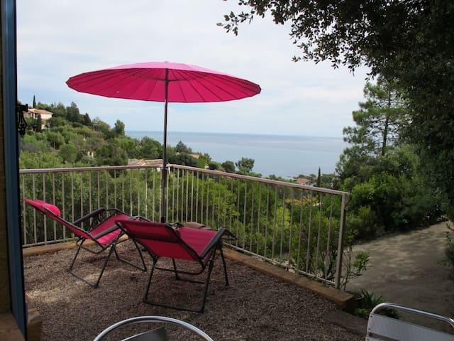 DURANO VILLA INDEP 4 PERS VUE  MER - Roquebrune-sur-Argens - Rumah