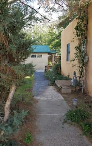 Wildwood Place Cottage - Albuquerque