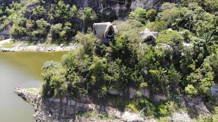 Hermosa Cabaña en la represa de Prado Tolima