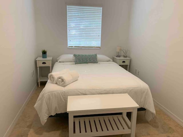 Bedroom #2 with queen size bed and closet