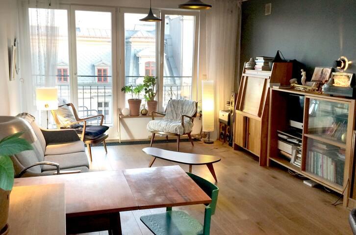Mid century style studio. Nowy Swiat.