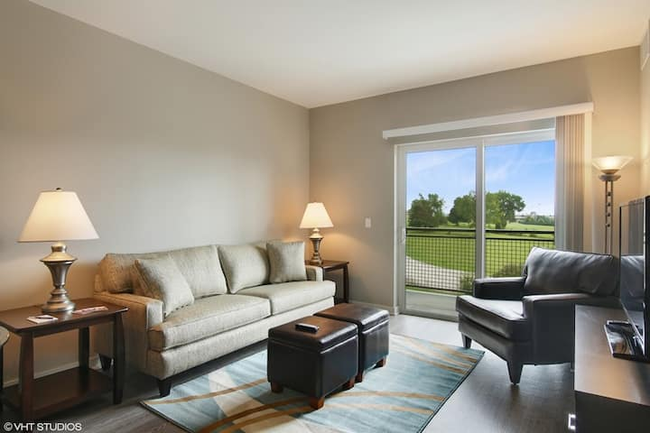 Modern 1 bedroom Apartment in Lombard