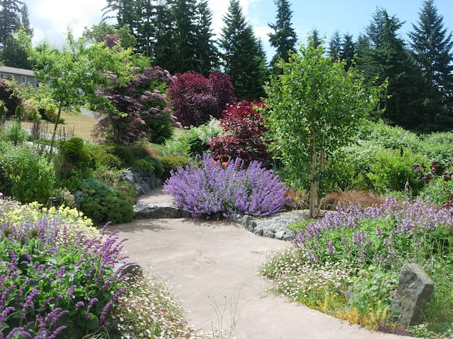 Spacious Whidbey Island Guest Suite - Freeland - House