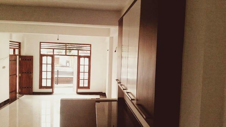 Luxury Apartment for rent   Mahawela Gardens