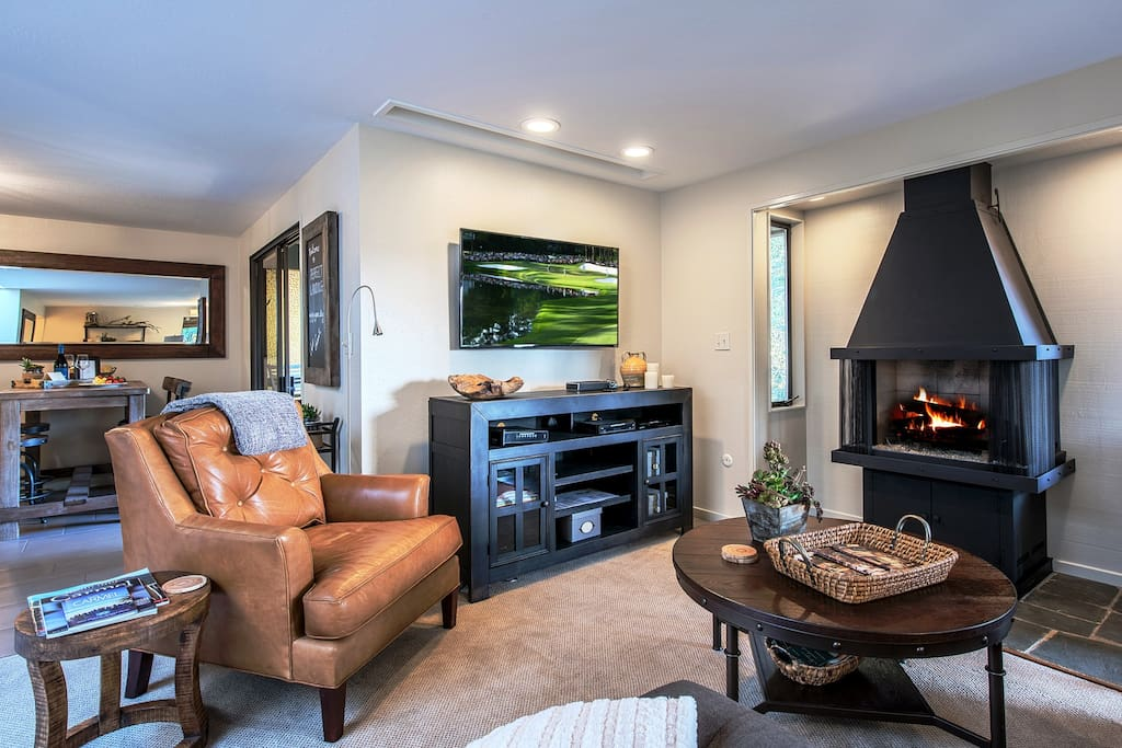 """The Great Room is a Comfortable Gathering Place for Cozy Nights In.  It has a 50"""" HDTV and a Gas Fireplace."""