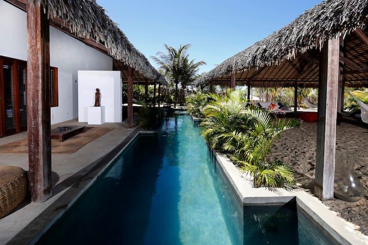 Casa Santa Maria, Tatajuba : pés na água