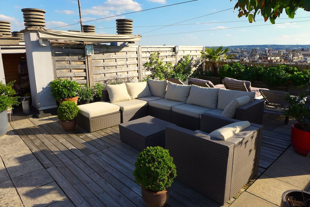 Luxury apartment eiffel tower view and rooftop for Apartment design 90m2
