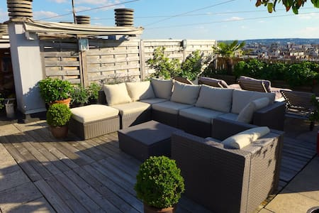 Luxury apartment, Eiffel Tower view and rooftop - Pariisi