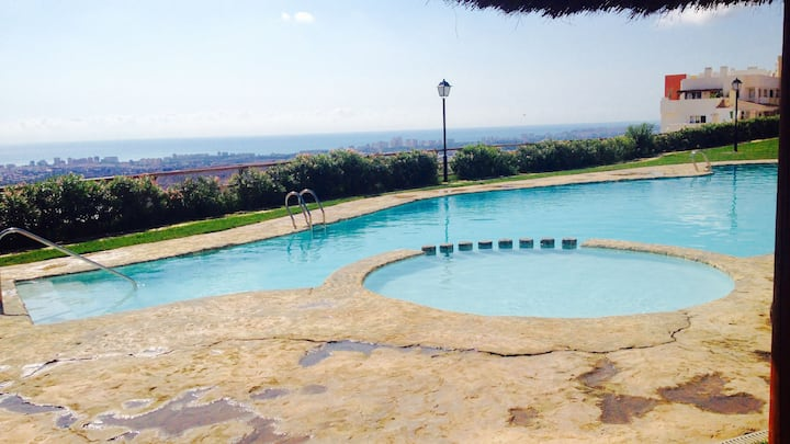 Apartment with swimming pool in Spain (Alacant)