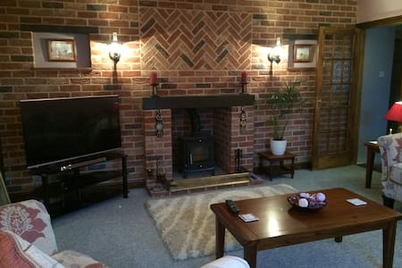 Grange Farmhouse - Hainford - 一軒家