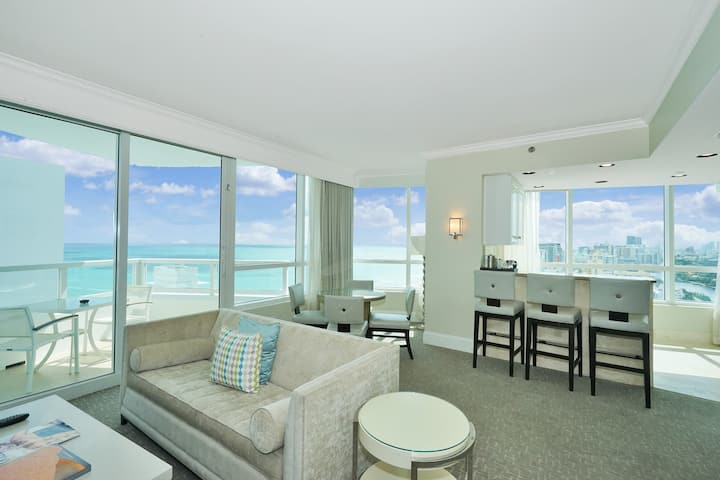 Oceanfront 22nd Flr 1 Bd / 2 Ba in Fontainebleau