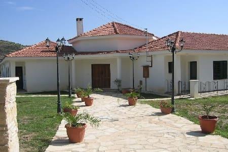 Cyprus Koilani Gardens  App.2